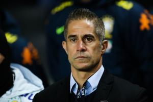 Malgré des points positifs, Sylvinho attend un changement au niveau de la mentalité.