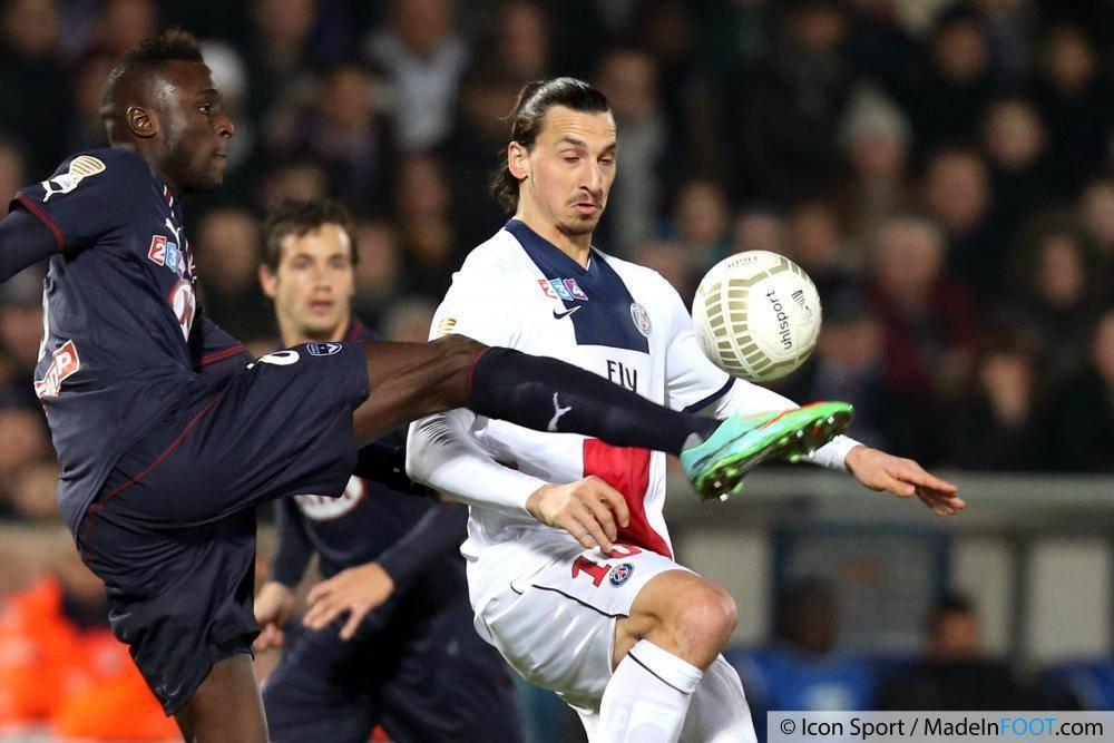 Sané, ici à la lutte avec Zlatan