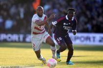 Michael Ciani / Bafetimbi Gomis - 19.02.2012 - Bordeaux / Lyon - 24eme journee de Ligue 1 -