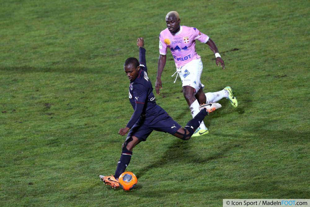 N'Guemo sous le maillot de Bordeaux