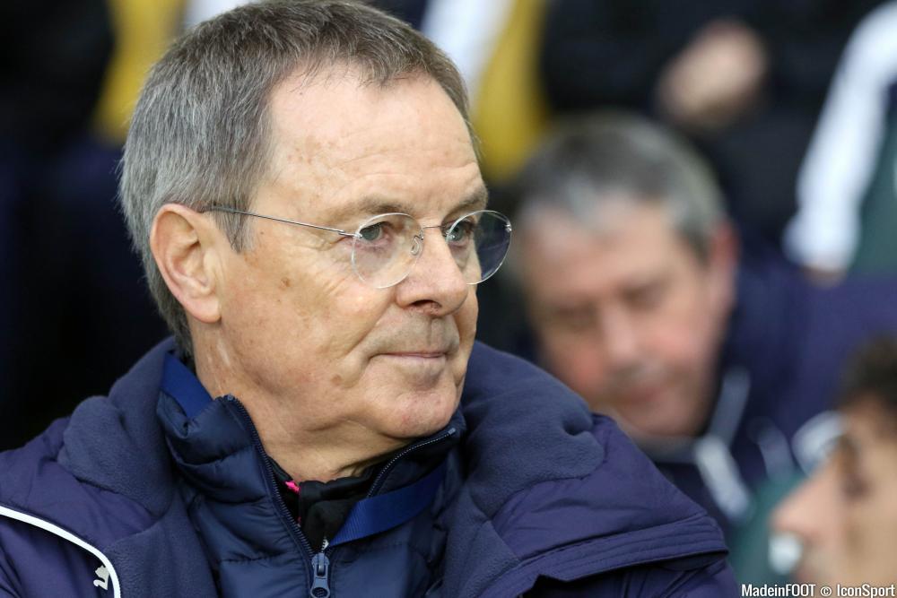 Éric Bedouet, l'entraîneur du FCGB.