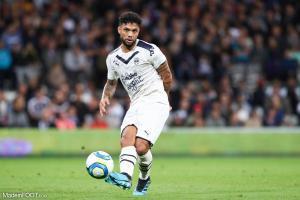 Otavio, le milieu de terrain défensif des Girondins de Bordeaux, a étendu son contrat.