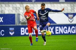 L'album photo du match entre les Girondins de Bordeaux et le Nîmes Olympique.