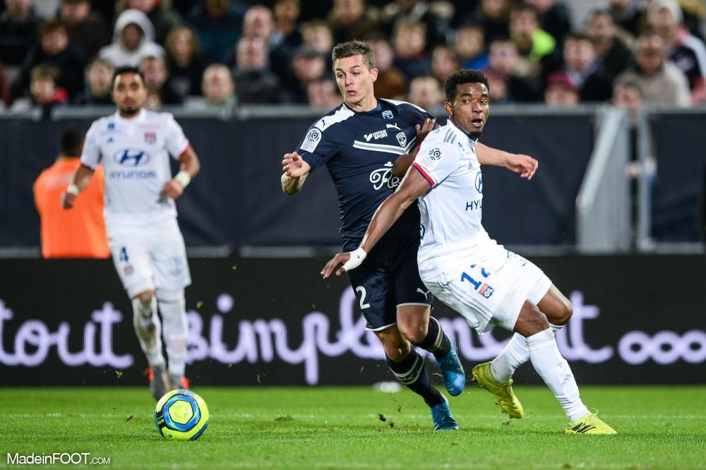 Nicolas De Préville est laissé libre par les Girondins de Bordeaux.