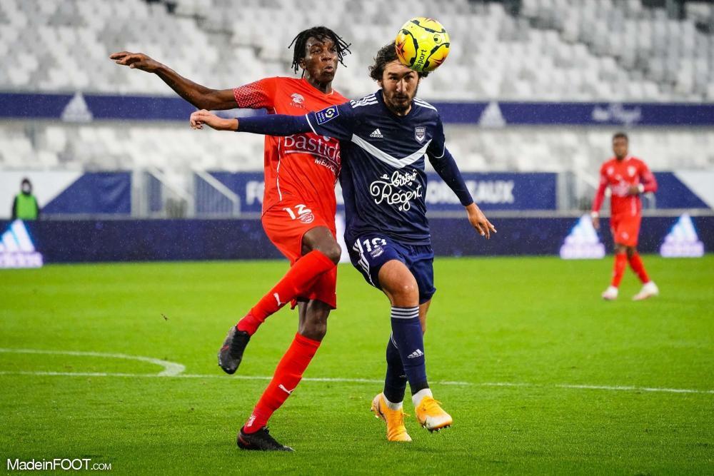 Yacine Adli, le milieu de terrain des Girondins de Bordeaux.
