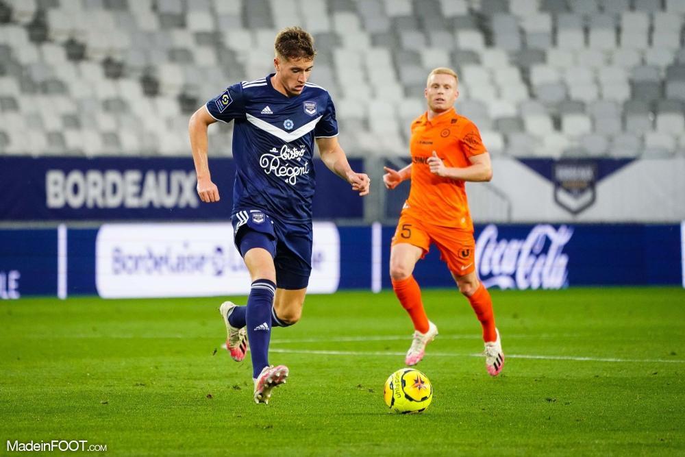Toma Basic avec les Girondins de Bordeaux en Ligue 1