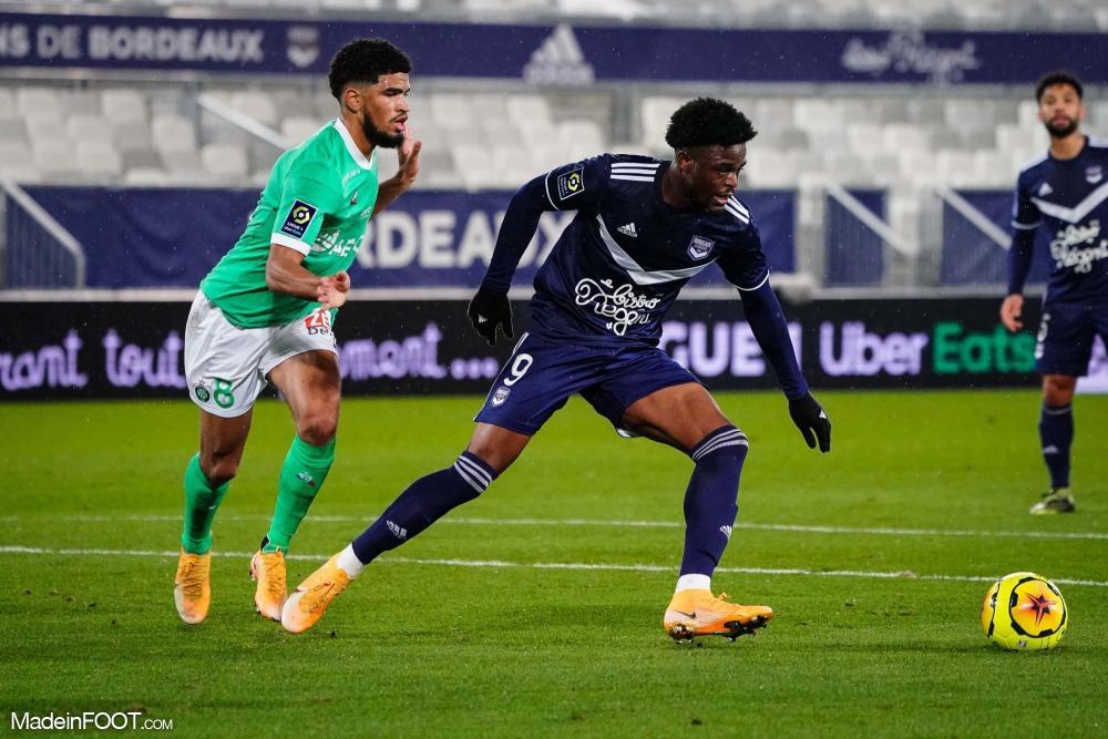 Josh Maja devrait rester à Bordeaux