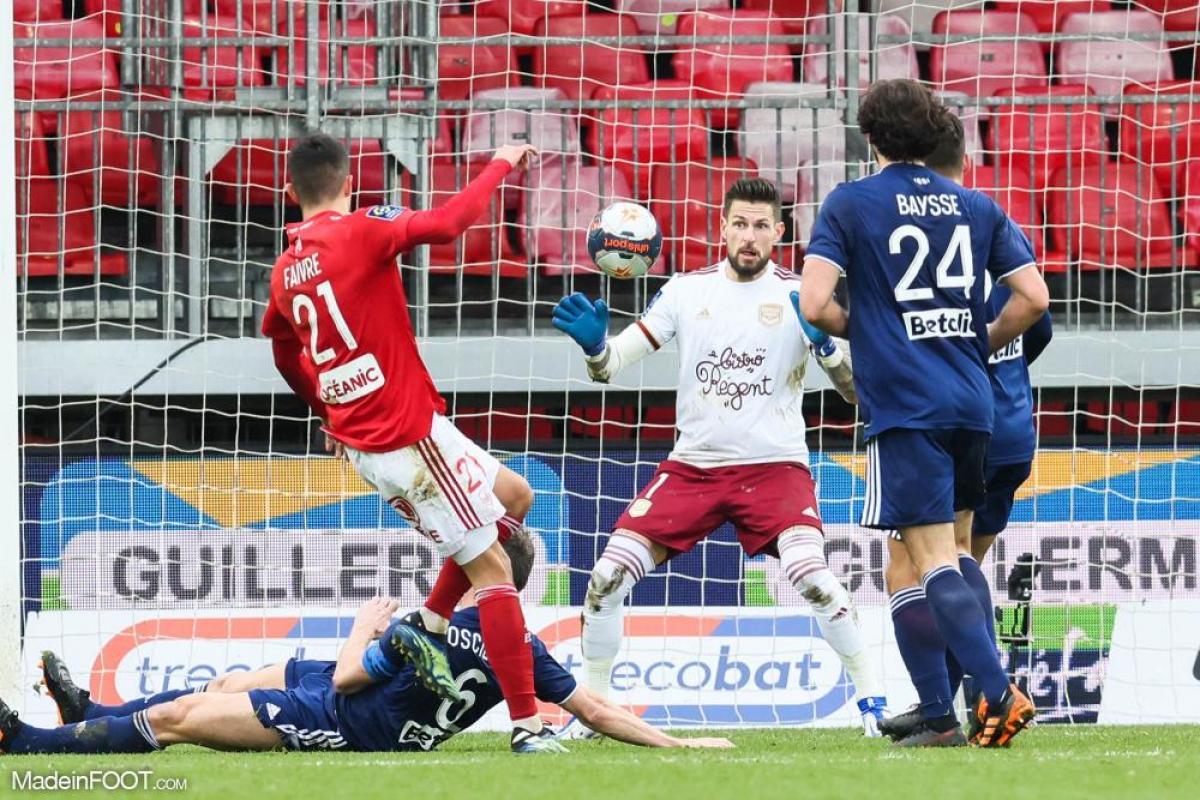 L'album photo du match entre le Stade Brestois 29 et les Girondins de Bordeaux.