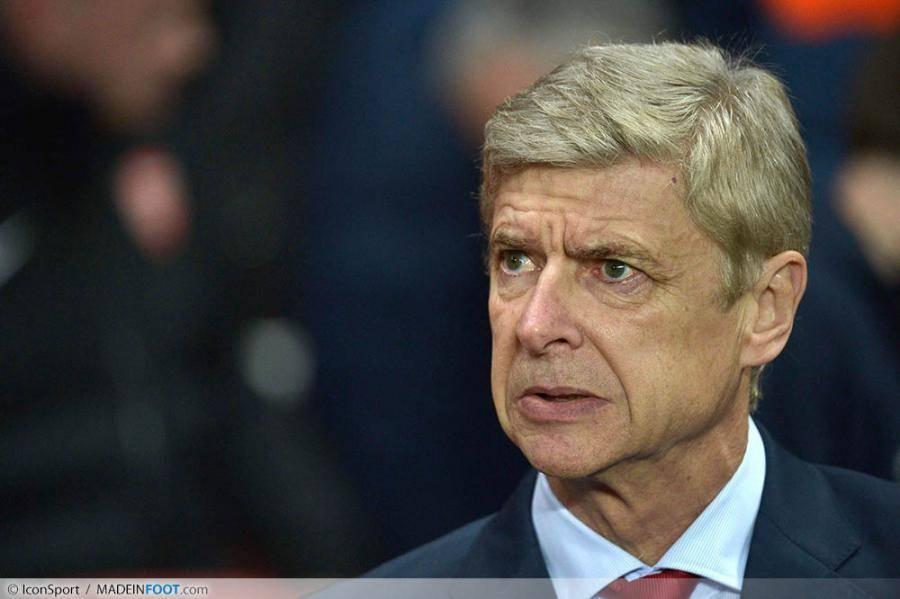 Arsène Wenger aimerait prêter Sanogo en Premier League.