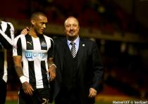Newcastle United manager Rafa Benitez with Newcastle United's Yoan Gouffran after their victory during the Sky Bet Championship match at Oakwell, Barnsley.